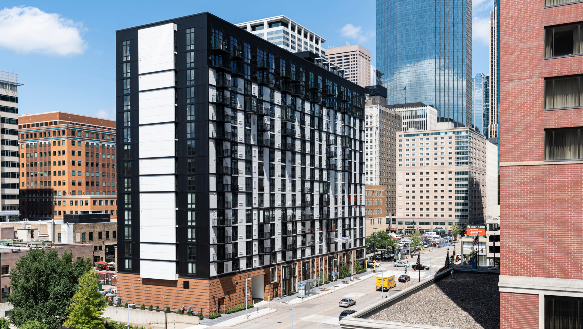 City Club Apartments - CBD Minneapolis - BKV Group - High-Rise